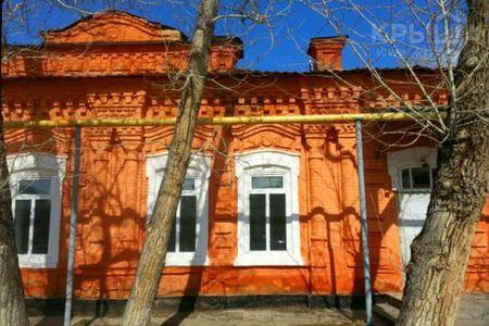 Новости: В ВКО выставлен на продажу старинный купеческий особняк