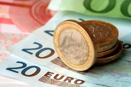 Новости: Курс евро опустился до показателя 2013 года