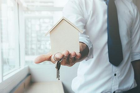 Новости: Нацбанк предложил дать право банкам сдавать жильё проблемныхипотечников