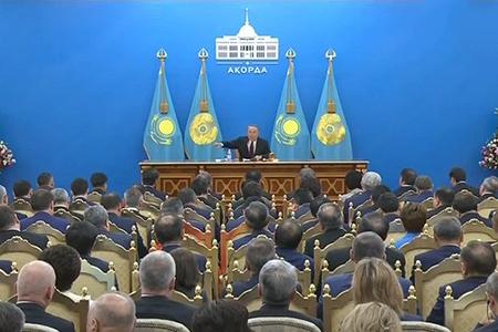 Новости: Назарбаев поручил разобраться сбезобразием вЖКХ