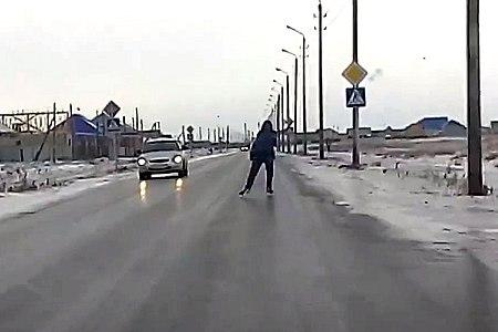 Новости: Нет автобуса – доедем на коньках!