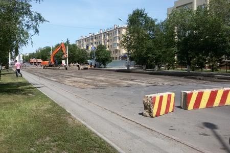 Новости: Астана: на улице Бейбитшилик сдирают асфальт