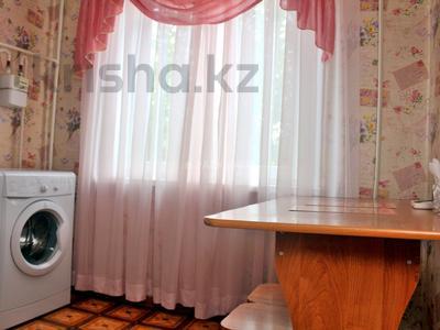 1-комнатная квартира, 33 м², 2/5 эт. посуточно, Интернациональная 59 за 4 000 ₸ в Петропавловске — фото 6