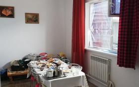 4-комнатный дом помесячно, 107 м², 5 сот., Подстепное район Тайти 45 за 70 000 ₸ в Уральске