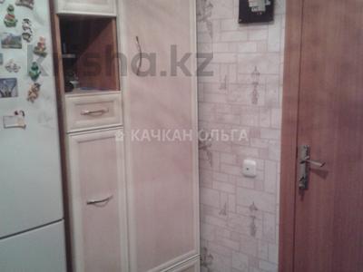 2-комнатная квартира, 44 м², 1/7 этаж, Лободы 31/2 за 9.5 млн 〒 в Караганде — фото 2