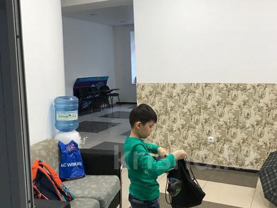 Офис площадью 80 м², Габидена Мустафина 15/1 — Мусрепова за 175 000 ₸ в Нур-Султане (Астана), Алматинский р-н — фото 2