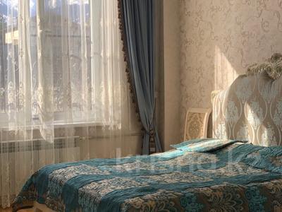 4-комнатная квартира, 160 м², 2/8 эт., Мирас за ~ 99 млн ₸ в Алматы, Бостандыкский р-н — фото 13