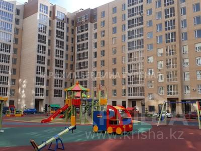 1-комнатная квартира, 37 м², 9/11 этаж, Мухамедханова 12 за 13 млн 〒 в Нур-Султане (Астана), Есиль р-н