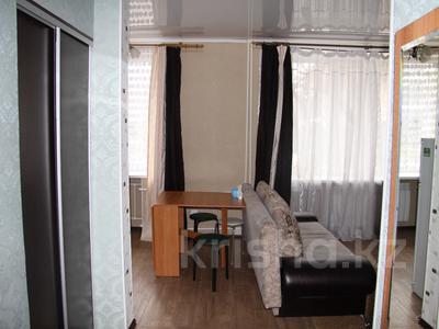 1-комнатная квартира, 39 м², 1/4 эт. посуточно, Конституции 16 — Мира за 5 000 ₸ в Петропавловске — фото 5