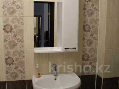 1-комнатная квартира, 39 м², 1/4 эт. посуточно, Конституции 16 — Мира за 5 000 ₸ в Петропавловске — фото 7
