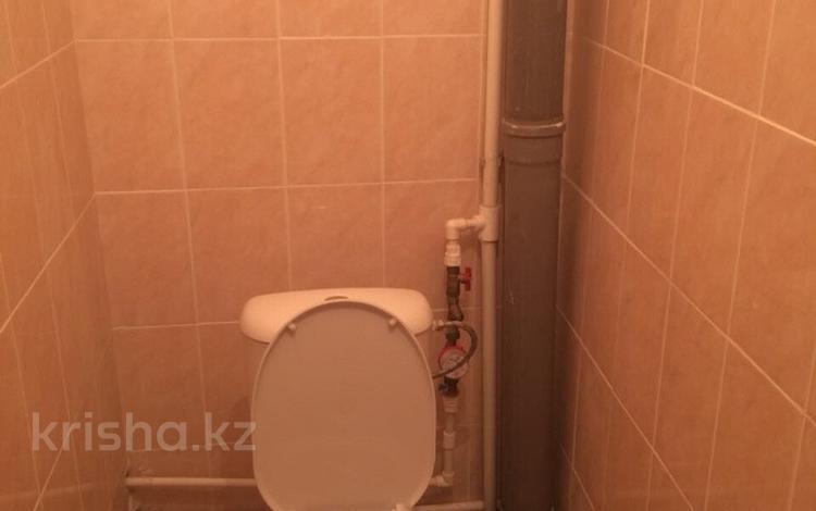 3-комнатная квартира, 85 м², 4/9 этаж помесячно, Есенберлина 23 за 120 000 〒 в Усть-Каменогорске