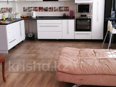 2-комнатная квартира, 65 м², 1/5 этаж, Таттимбета 5/2 за 18.5 млн 〒 в Караганде, Казыбек би р-н