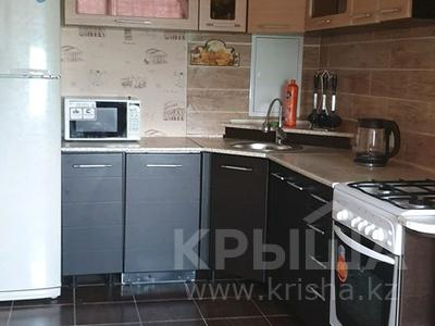 3-комнатная квартира, 70 м², 4/5 этаж посуточно, 12-й мкр 14 за 13 500 〒 в Актау, 12-й мкр — фото 3