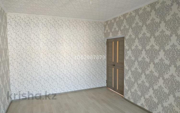 3-комнатная квартира, 68 м², 4/5 этаж, Верхний Отырар 59 за 16.5 млн 〒 в Шымкенте, Аль-Фарабийский р-н