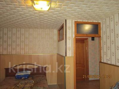 1-комнатная квартира, 50 м², 3 эт. посуточно, 5-й мкр, 5 мкр 1 за 4 000 ₸ в Актау, 5-й мкр