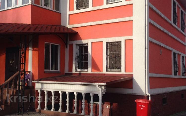 7-комнатный дом, 350 м², 10 сот., Бостандыкский р-н, мкр Мирас за 139 млн 〒 в Алматы, Бостандыкский р-н