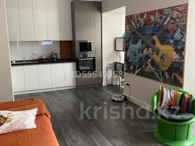 3-комнатная квартира, 60 м², 2/4 этаж, мкр Самал-3, ХаджиМукана 12 — Байжанова за 32 млн 〒 в Алматы, Медеуский р-н