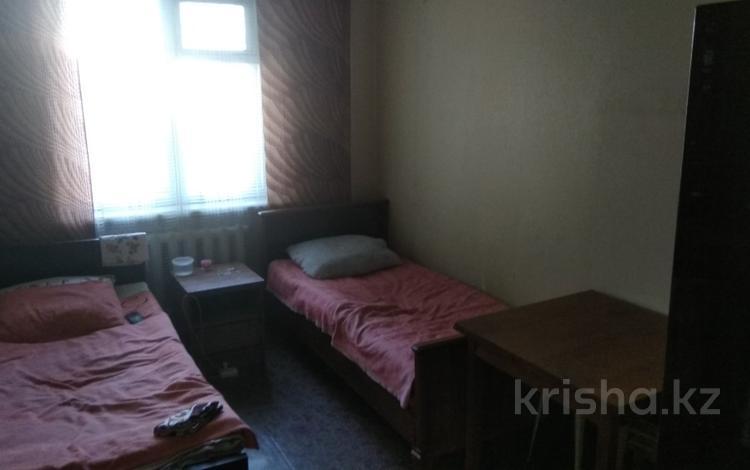3 комнаты, 68 м², Язева 10 за 18 600 ₸ в Караганде, Казыбек би р-н
