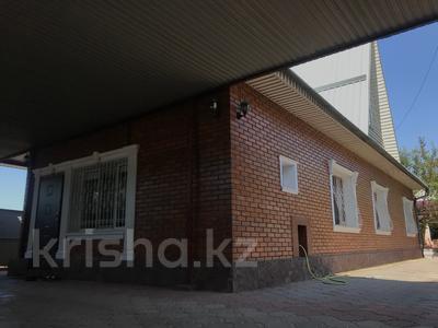 6-комнатный дом, 144.1 м², 6 сот., мкр Айгерим-1 за 45 млн 〒 в Алматы, Алатауский р-н