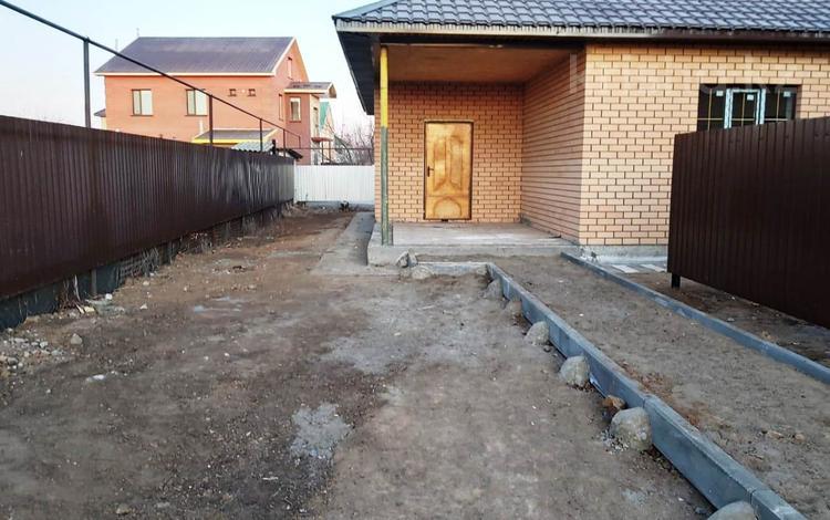 4-комнатный дом, 140 м², 5.5 сот., Соколиная 150 за 23 млн 〒 в Уральске