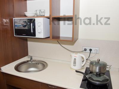 1-комнатная квартира, 35 м², 34/42 этаж посуточно, Достык 5/1 — Сауран за 10 000 〒 в Нур-Султане (Астана), Есильский р-н — фото 11