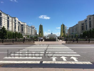 1-комнатная квартира, 35 м², 34/42 этаж посуточно, Достык 5/1 — Сауран за 10 000 〒 в Нур-Султане (Астана), Есильский р-н — фото 5