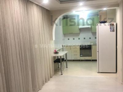 3-комнатная квартира, 61.4 м², 5/5 этаж, Кривогуза — Сейфуллина за 14.5 млн 〒 в Караганде, Казыбек би р-н — фото 2