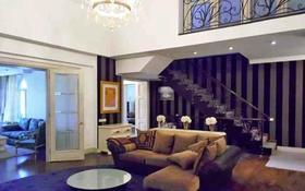 7-комнатный дом помесячно, 550 м², 25 сот., Санаторная — Аль- Фараби за 2 млн 〒 в Алматы, Бостандыкский р-н