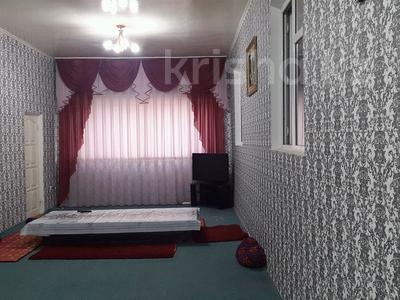 13-комнатный дом, 240 м², 18 сот., Байтерек 91 за 22 млн 〒 в Сарыагаш — фото 3