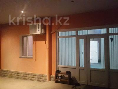 13-комнатный дом, 240 м², 18 сот., Байтерек 91 за 22 млн 〒 в Сарыагаш — фото 5