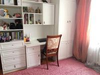 4-комнатная квартира, 75 м², 4/5 этаж