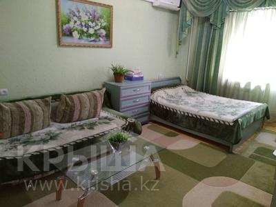 1-комнатная квартира, 44 м² посуточно, Панфилова 54 — Макатаева за 6 000 ₸ в Алматы