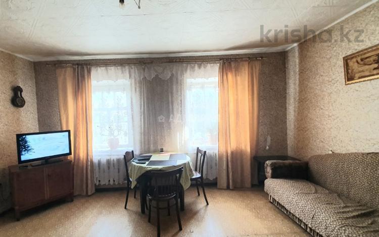 6-комнатный дом, 102 м², 7 сот., Пищевая за 10 млн 〒 в Караганде, Казыбек би р-н