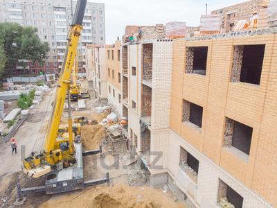 3-комнатная квартира, 76.2 м², 5/5 этаж, Сатыбалдина 4/1 — проспект Строителей за ~ 16.4 млн 〒 в Караганде — фото 10