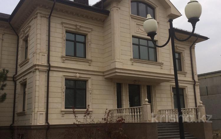 6-комнатный дом, 830 м², Мкрн Алем за 625 млн ₸ в Алматы, Медеуский р-н