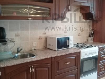 3-комнатная квартира, 90 м², 5/9 этаж помесячно, Жарбосынова 62 за 250 000 〒 в Атырау