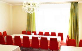 5-комнатный дом посуточно, 220 м², 10 сот., Кордай — Бауыржана Момышулы за 35 000 〒 в Нур-Султане (Астана), Алматинский р-н