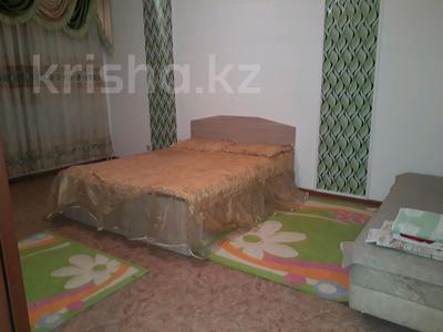 1-комнатная квартира, 42 м², 3/7 эт. посуточно, Мкр Болашак 20 — Балапанова за 5 000 ₸ в Талдыкоргане