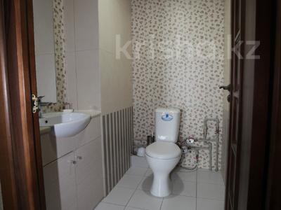 Офис площадью 114 м², Желтоксан 2/2 за 42 млн ₸ в Нур-Султане (Астана), Сарыаркинский р-н — фото 17