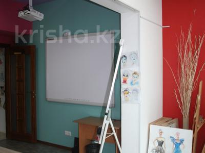 Офис площадью 114 м², Желтоксан 2/2 за 42 млн ₸ в Нур-Султане (Астана), Сарыаркинский р-н — фото 19