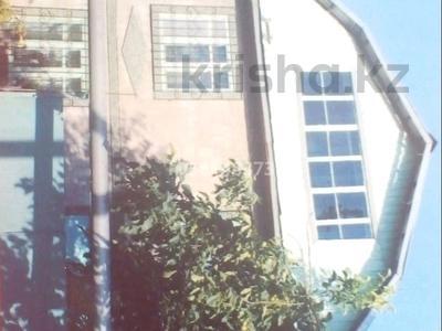 5-комнатный дом, 148 м², 24 сот., мкр Кемел (Первомайское) за 38 млн 〒 в Алматы, Жетысуский р-н
