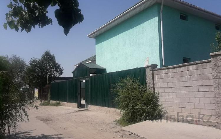 20-ти комнатный коммерческий дом за ~ 177.8 млн 〒 в Алматы, Алатауский р-н