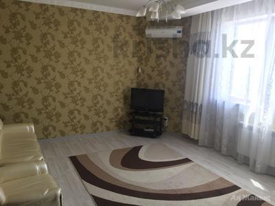 2-комнатная квартира, 80 м², 8/8 эт. помесячно, Шохана Уалиханова 21Б за 200 000 ₸ в Атырау — фото 10
