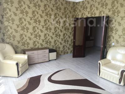 2-комнатная квартира, 80 м², 8/8 эт. помесячно, Шохана Уалиханова 21Б за 200 000 ₸ в Атырау — фото 2