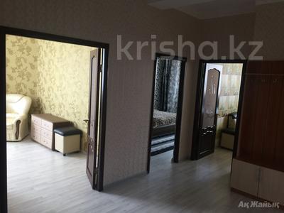 2-комнатная квартира, 80 м², 8/8 эт. помесячно, Шохана Уалиханова 21Б за 200 000 ₸ в Атырау — фото 9