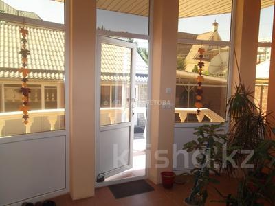 6-комнатный дом, 450 м², 10 сот., Саина — Шаляпина за 130 млн 〒 в Алматы, Ауэзовский р-н — фото 11