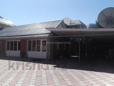 6-комнатный дом, 450 м², 10 сот., Саина — Шаляпина за 130 млн 〒 в Алматы, Ауэзовский р-н — фото 32