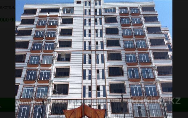 3-комнатная квартира, 109 м², 8/11 этаж, 17 мкр. 111 за 37.5 млн 〒 в Шымкенте, Енбекшинский р-н
