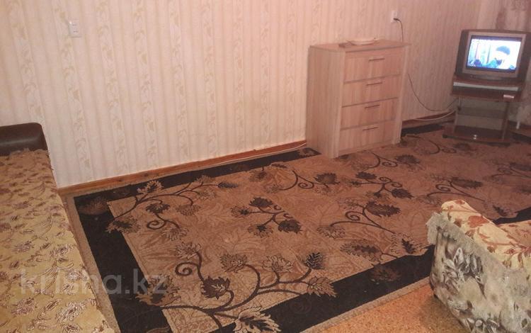 1-комнатная квартира, 33 м², 3/5 эт. посуточно, Толстого 129 — Исаева за 3 500 ₸ в Уральске