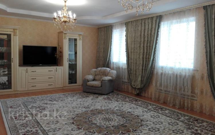 7-комнатный дом, 320 м², 10 сот., Байконур 5 за 35 млн ₸ в Астане, р-н Байконур